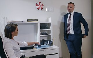Man in suit comes and fucks this business woman right in her office