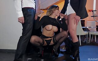 Blonde wife kneels before two dicks and tries her first threesome