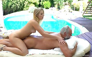 Aria Logan sex video - grandpa got me wet