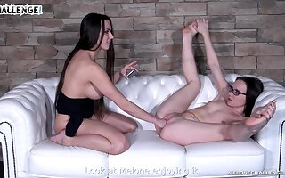 Brunette lesbos act a resolution rough on each other's cunts
