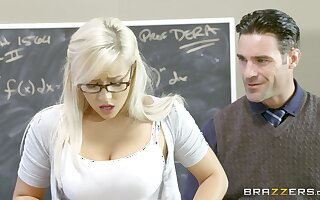 Teen slut Kylie Page gives it up to a well-hung educator